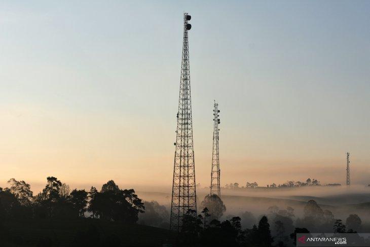 Tunggakan retribusi menara telekomunikasi di   Ambon  capai Rp960 juta