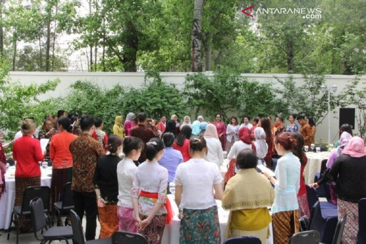 WNI di Beijing rayakan Kartini dengan hidangan sup pangsit