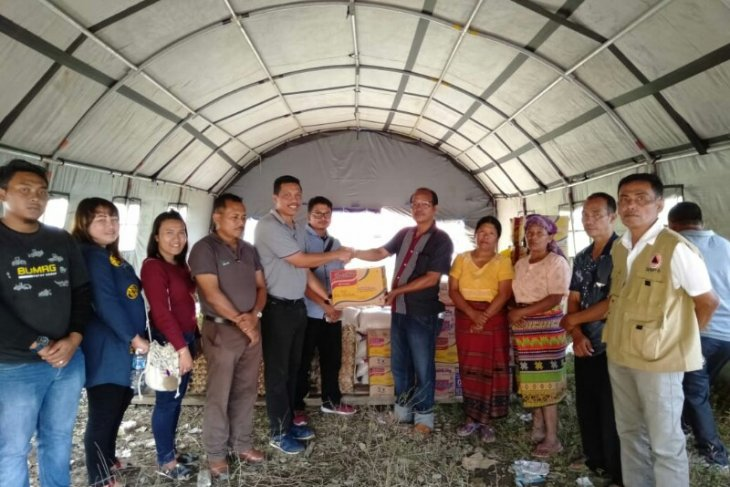 PT TPL salurkan bantuan korban longsor di Samosir