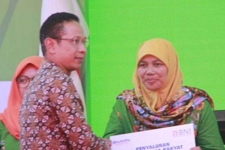 PKL wisata Boon Pring terima tambahan modal dari KUR BNI Malang