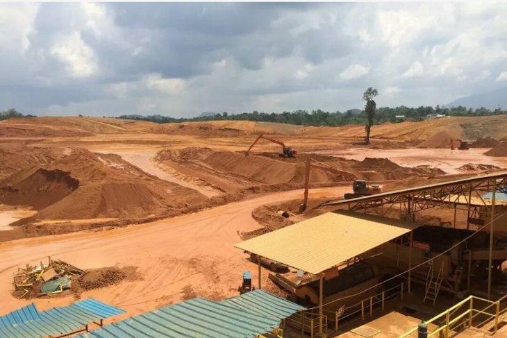 Kementerian ESDM mengembangkan PLTS di bekas tambang