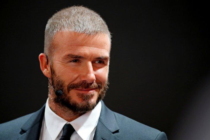 Beckham dilarang nyetir gara-gara main ponsel