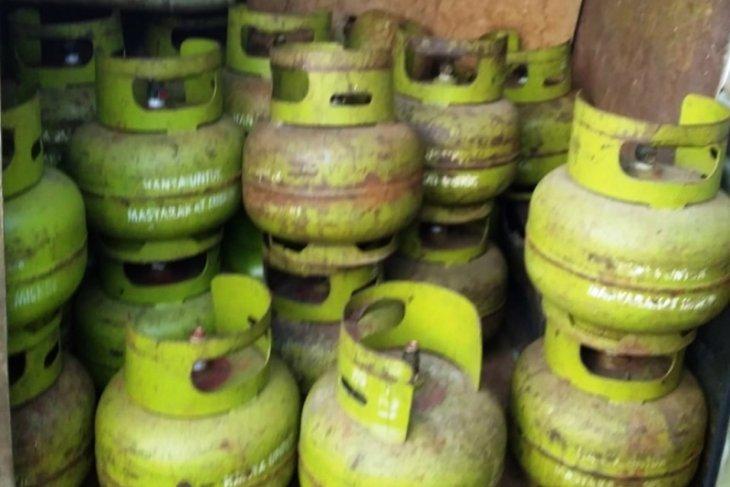 Elpiji 3 kg seharga Rp60.000/tabung di Nagan Raya dipasok dari Abdya