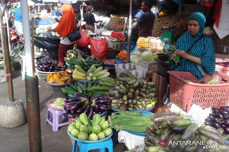 Harga sayuran di pasar Ambon melonjak
