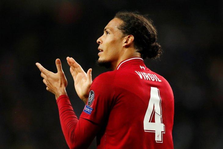 Bek Liverpool Van Dijk jadi Pemain Terbaik Liga Premier Inggris