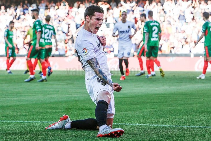Valencia ambil alih peringkat keempat Liga Spanyol