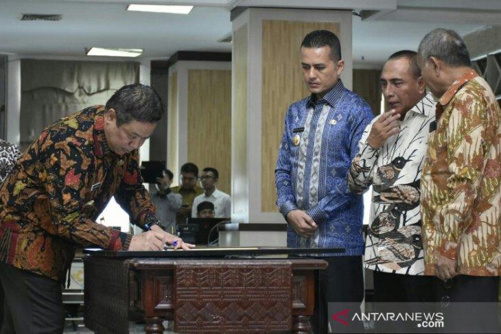Komitmen cegah korupsi, Bupati Dairi turut teken kesepakatan dengan KPK