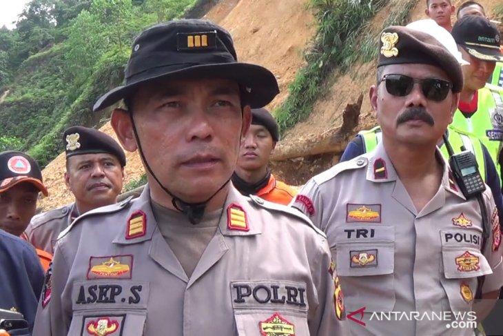 Penambang tewas tertimbun longsor di Bogor dipastikan dua orang