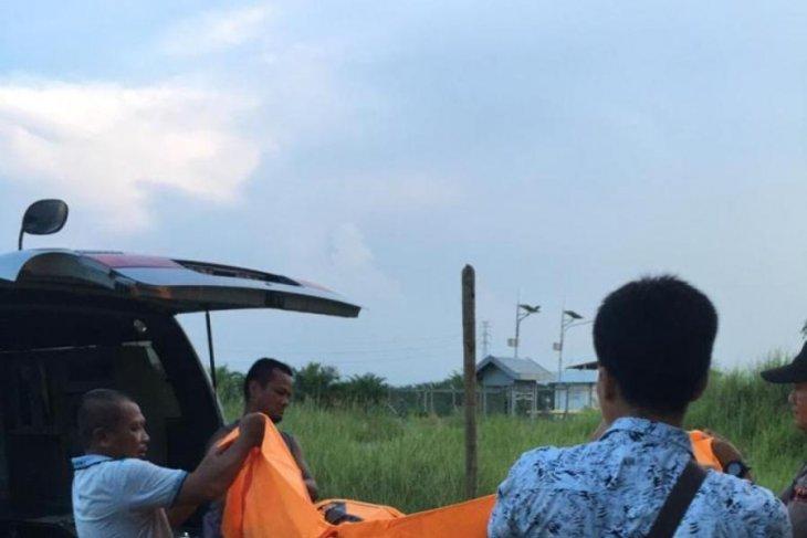 Mayat tanpa identitas ditemukan di lapangan bola voli di Langkat