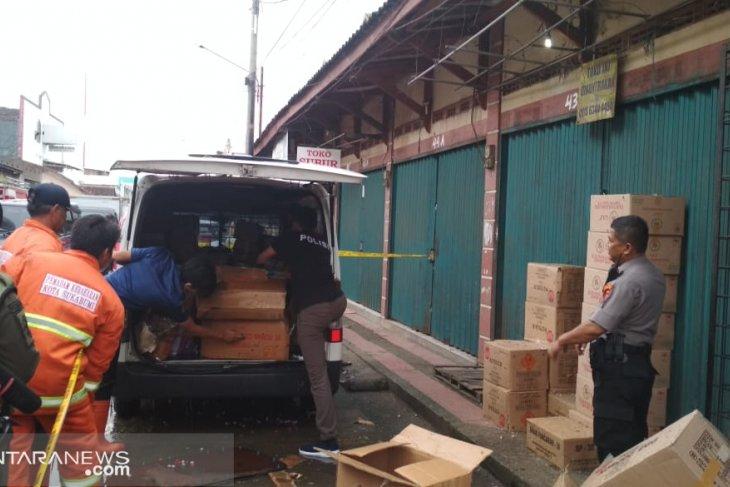 Pemilik toko petasan di Sukabumi menjadi tersangka ledakan