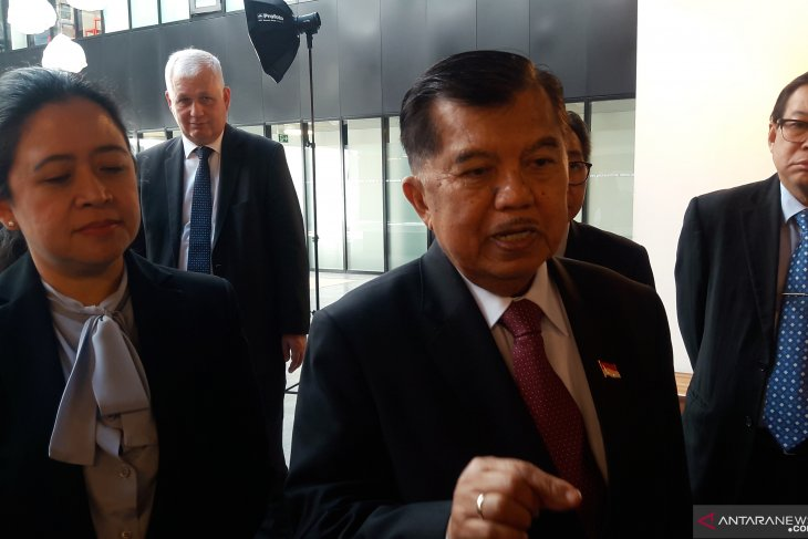 VP Kalla pays visit to SFIVET campus in Lausanne