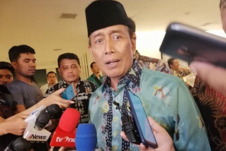 Wiranto ingatkan jangan langgar hukum jika tak ingin ditangkap