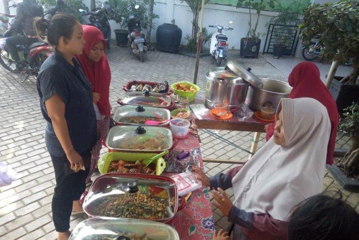 Pedagang dadakan Ramadhan raih omzet Rp2juta perhari