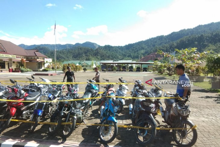 27 sepeda motor terjaring dalam razia balap liar Polres Tapteng