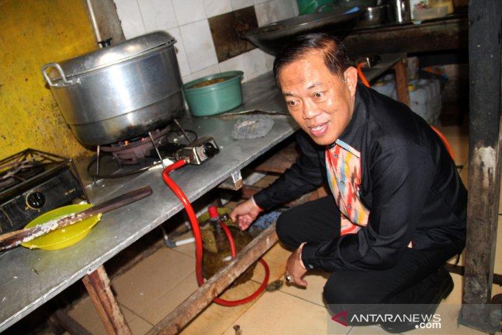 Rumah makan gunakan gas subsidi