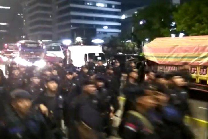 Polri tangkap penyebar hoaks polisi asing
