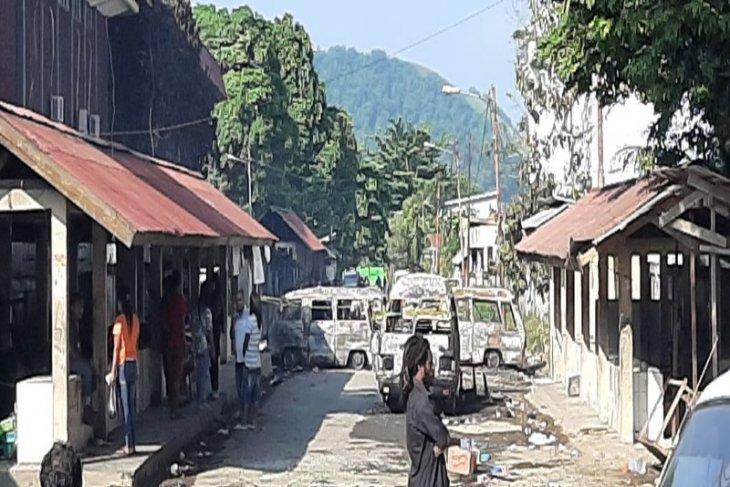 Melerai perkelahian antar warga, anggota TNI AD meninggal akibat ditusuk