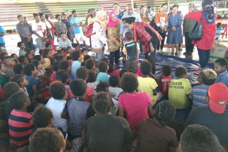Medco-Kitong Bisa beri trauma healing korban banjir Sentani