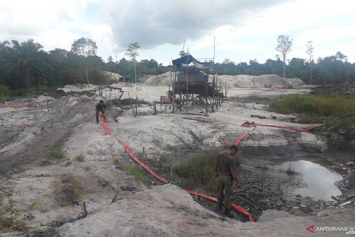 Penambang bijih timah liar rambah lahan Pemkab Bangka Tengah