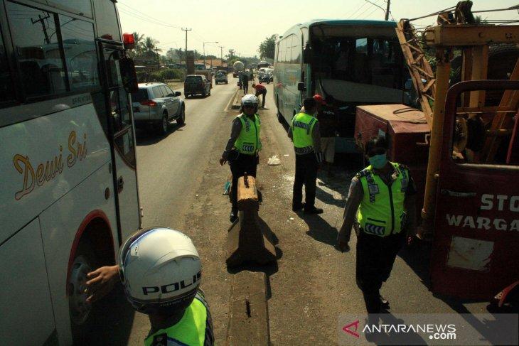 Tragis, empat orang hangus terbakar pada kecelakaan di jalur pantura Subang