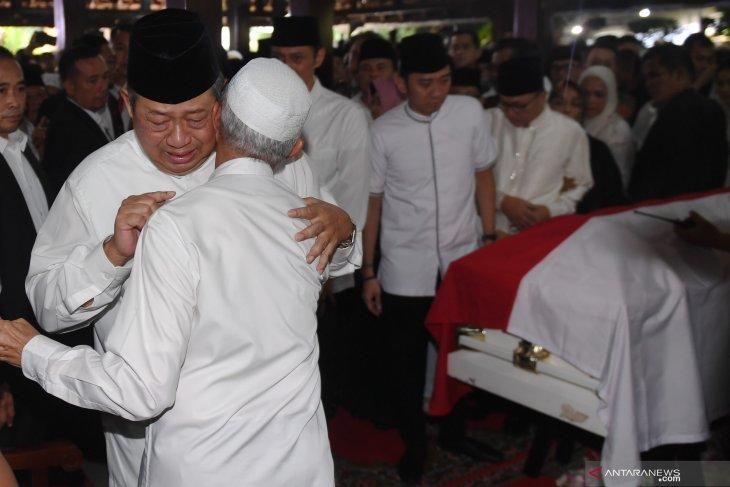 SBY sempat mengucapkan rasa terima kasihnya kepada  wartawan