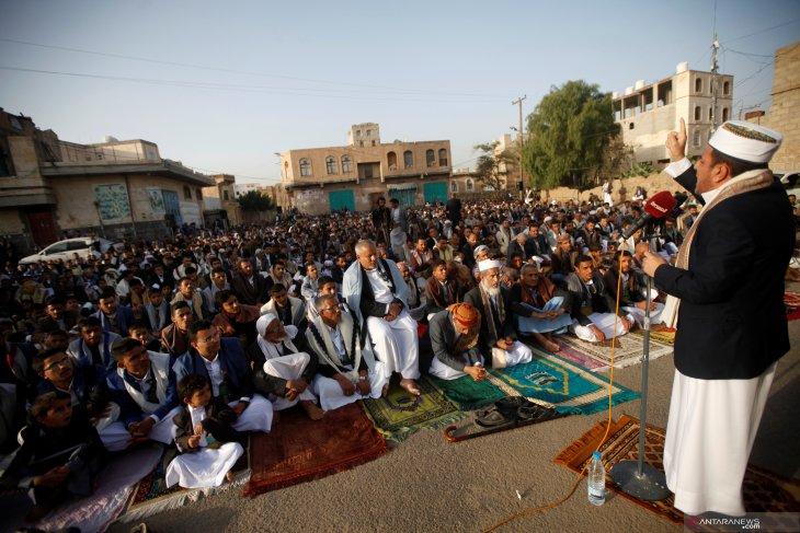 Koalisi Saudi :  Pemimpin senior al Houthi tewas dalam operasi internal