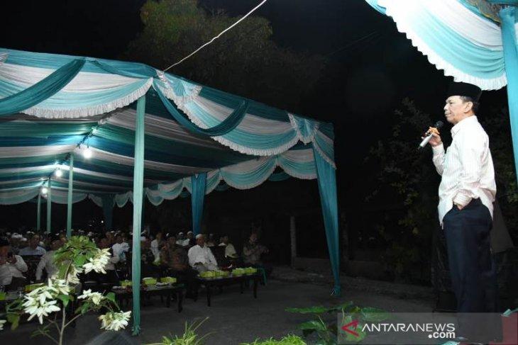 Halal bihalal bersama keluarga besar Haji Hasan Pinayungan Pasaribu