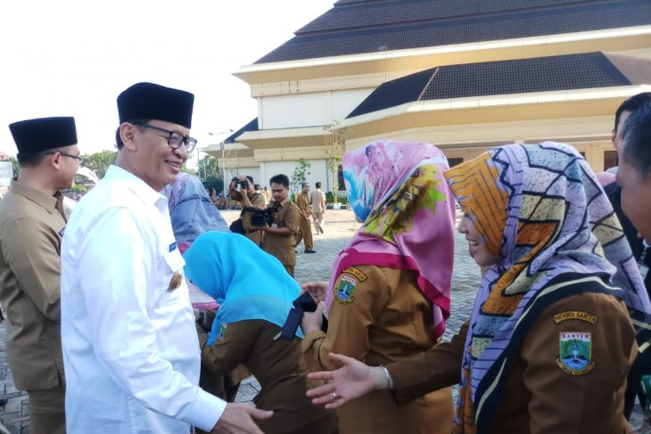 219 ASN Provinsi Banten tidak masuk hari pertama  usai lebaran