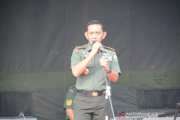 Hari pertama kerja,  Pangdam I/BB halalbihalal dengan prajurit