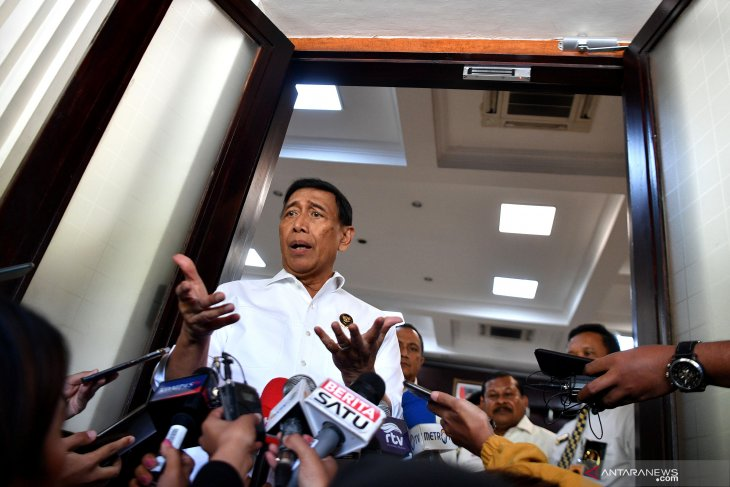 Wiranto: Bukan pendukung Prabowo, ada pihak ketiga yang gerakkan aksi sidang MK