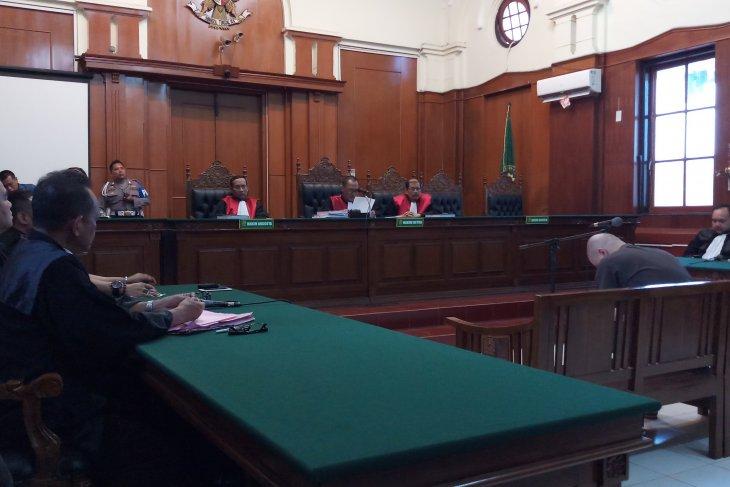 Dhani: Hakim abaikan fakta persidangan