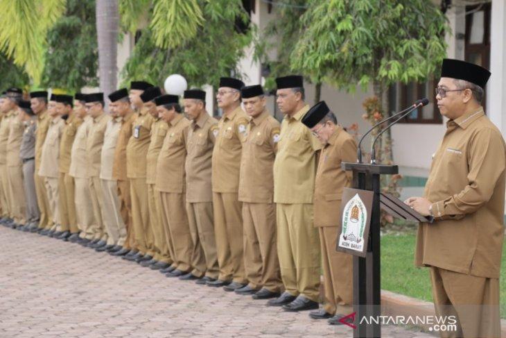 Tiga camat Aceh Barat tidak Shalat Ied terancam sanksi  copot