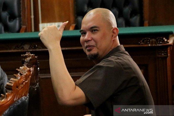 Ahmad Dhani divonis satu tahun penjara