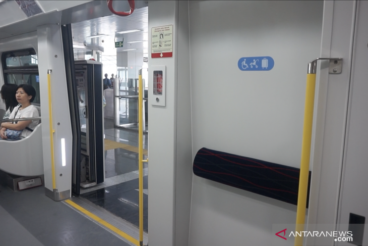 LRT Jakarta to provide access for disabled passengers