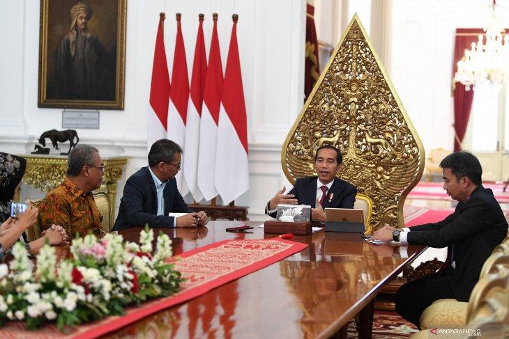 Joko Widodo:  Bisa saja Kabinet Kerja jilid II diisi anak muda
