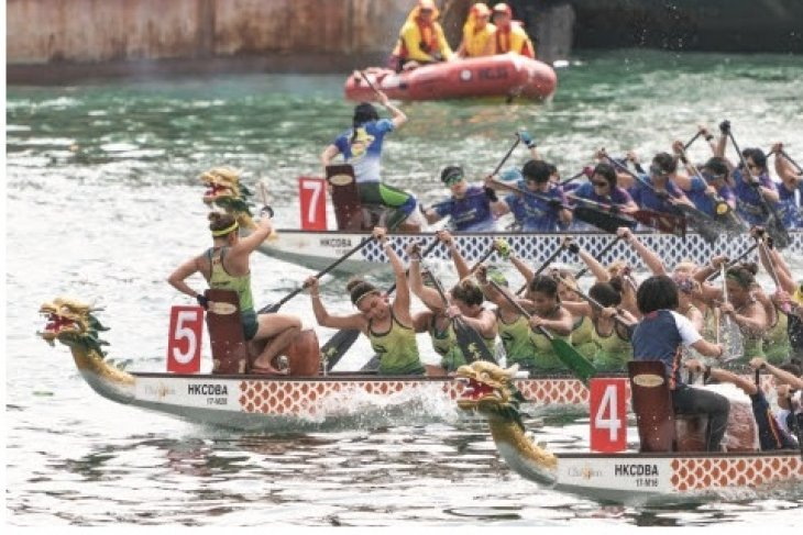 Thousands of paddlers from around the world take up challenge to race in Hong Kong Dragon Boat Carnival