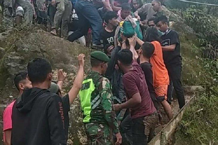 Korban tersambar petir di Gunung Sibayak dirawat di rumah sakit