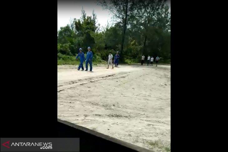 Warga Teluk Sepang videokan TKA China diduga sembunyi di tepi pantai