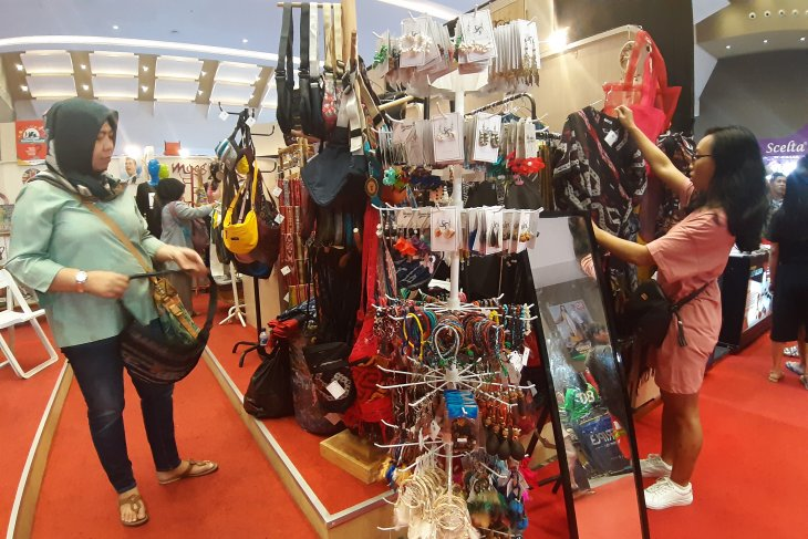Pelaku UMKM jumlah omzetnya turun di pameran Jakarta Fair