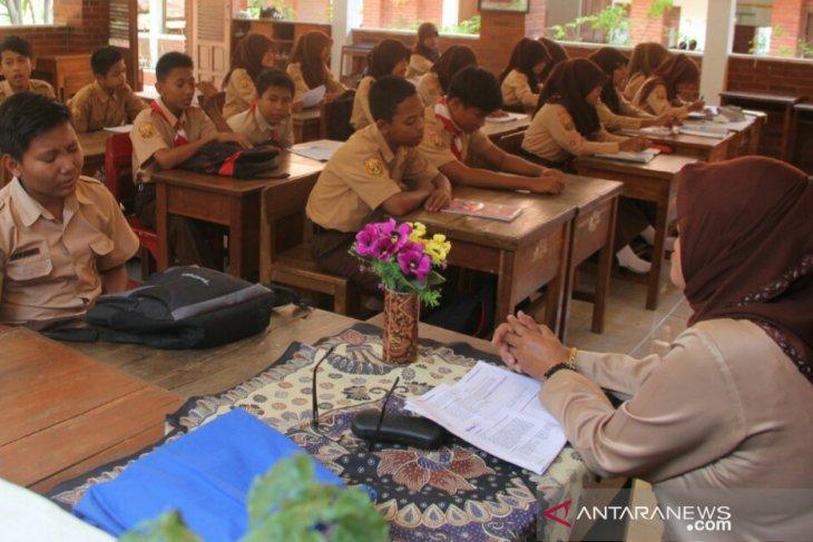 Ada tiga jalur penerimaan siswa baru di Purwakarta