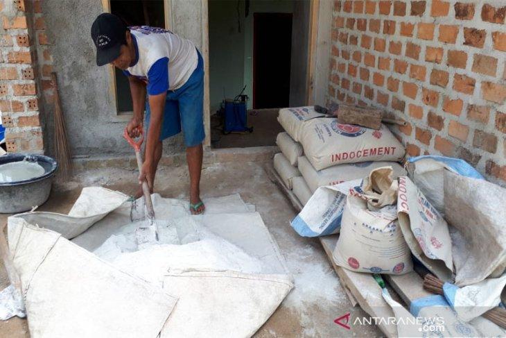 Indocement terus perluas pemasaran semen ke Sumatera