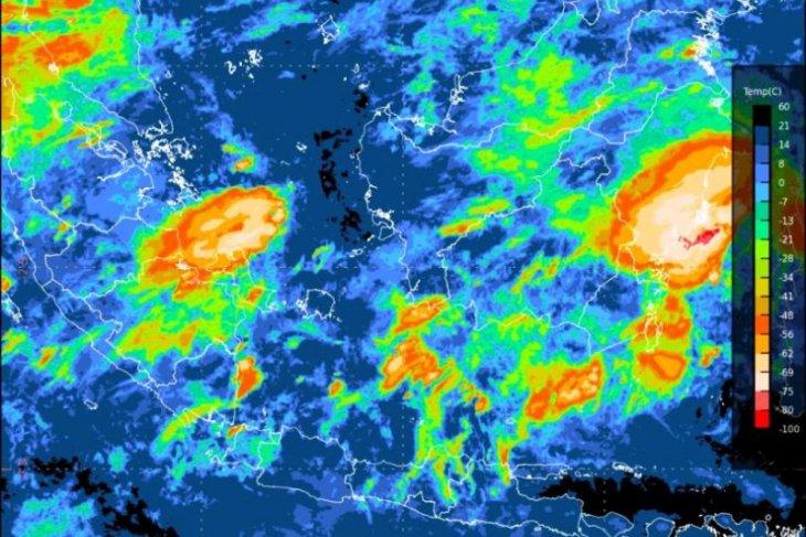 Waspada potensi hujan lebat di Aceh-Sumut dan  Papua