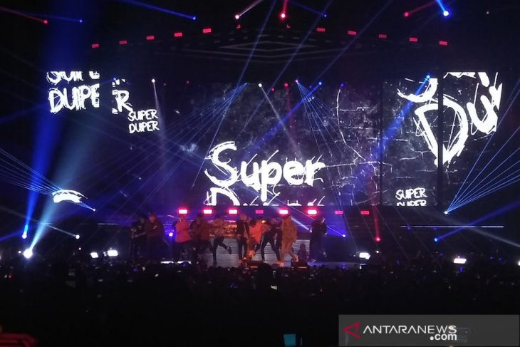 Wah, Super Junior tampil energik di