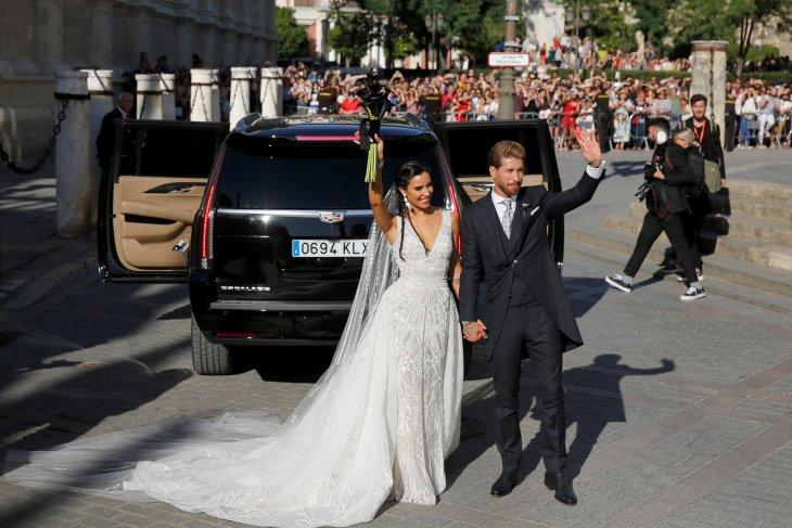 Ramos menikah, klaim pesta pernikahannya 'beda'