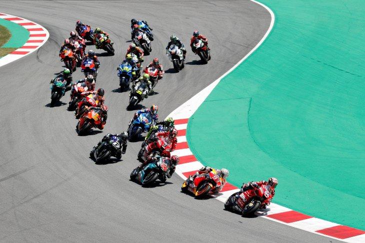 Pebalap MotoGP akan jalani sesi tes ofisial di Barcelona pada Senin