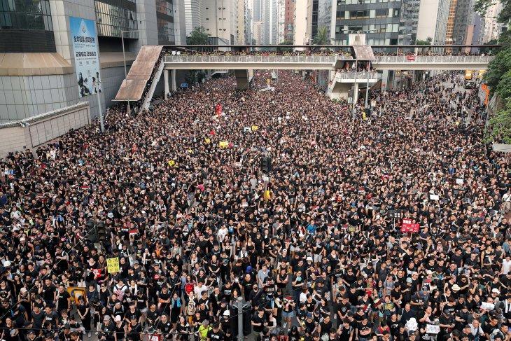 Warga Hong Kong takut akan cengkraman China
