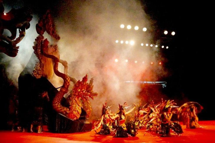 Duta  Denpasar sajikan pementasan sendratari kolosal