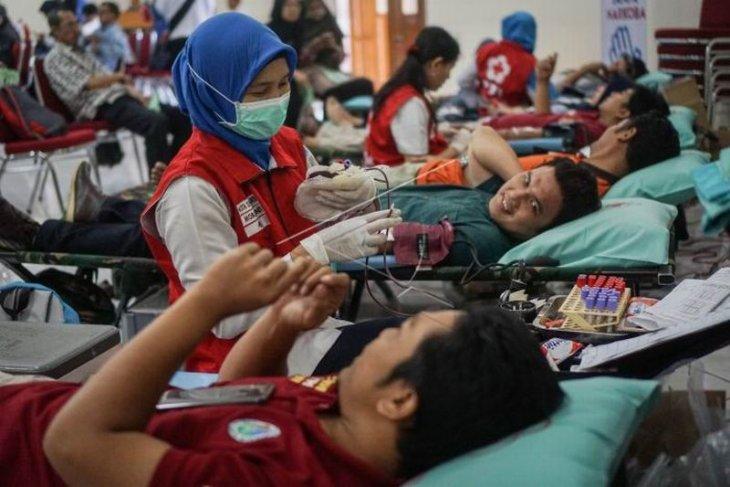 Donor darah hari antinarkotika Internasional