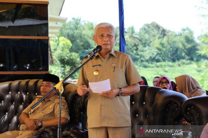 Plt Bupati Asahan resmikan Kantor Camat Teluk Dalam