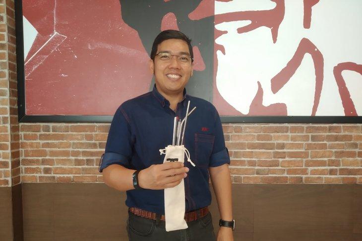 KFC Bali-Banjarmasin akan gunakan kantong kertas